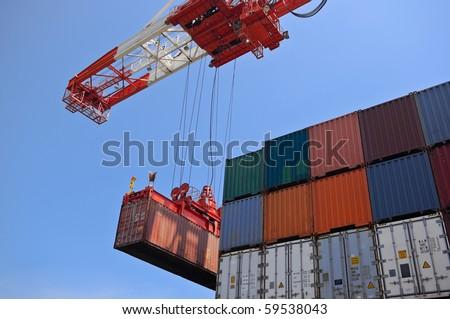 container cargo operation
