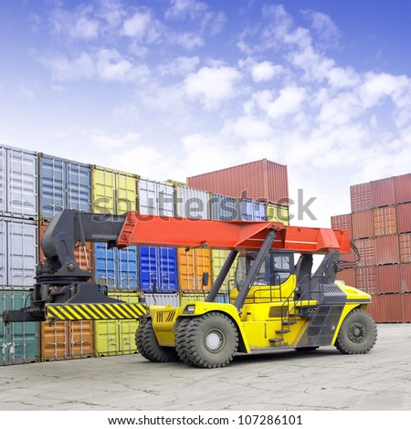 Containers and stackers