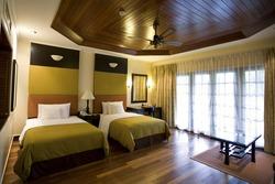 contemporary hotel room