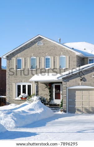Contemporary house - after a snow storm