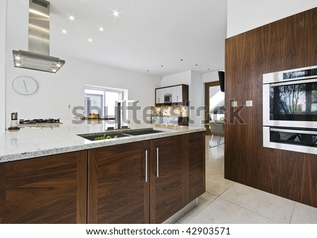 Contemporary Luxury Kitchen With Working Isle And Granite Worktop ...