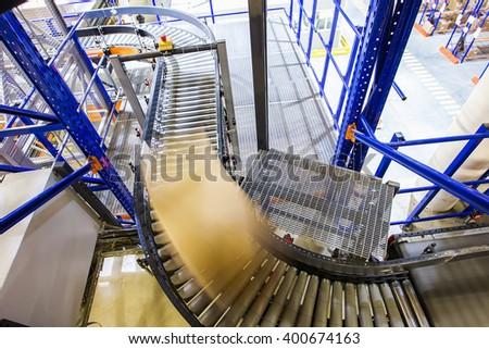 Conveyor belt in a modern warehouse