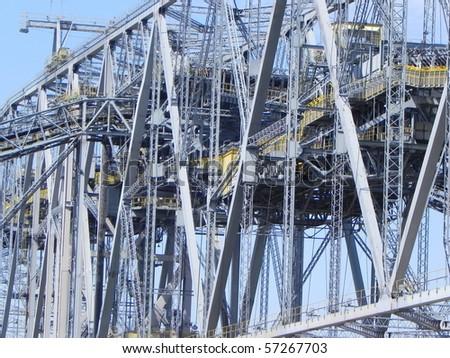 conveyor  bridge