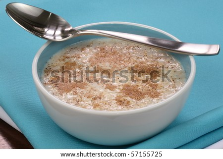 cooked  healthy oat meal with  cinamon, delicious and   important part on your daily nutrition to prevent high colesterol and heart dideases