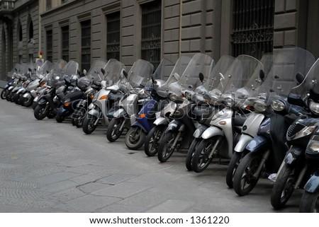 cool Italian motorinos in Florence