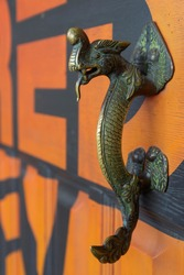 Copper stylish Chinese traditional dragon shaped door handle.