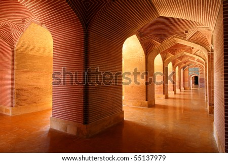 Corridors of Thatta Mosque