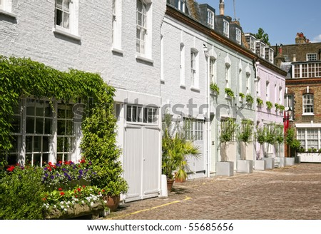 Cosy mews houses at Notting Hill - stock photo