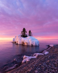 Cotton candy sunrise in the winter