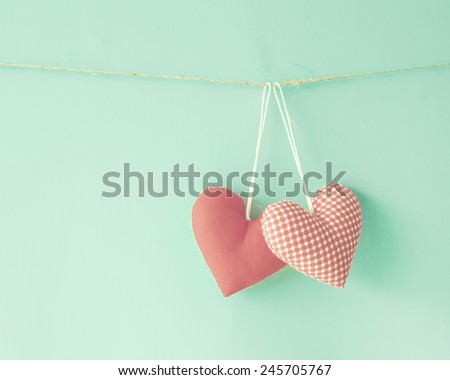 Cotton hearts over mint