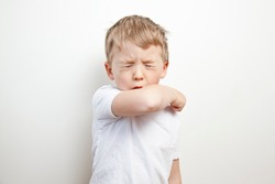 Cough in the elbow. Prevention barrier gestures to curb the covid-19
