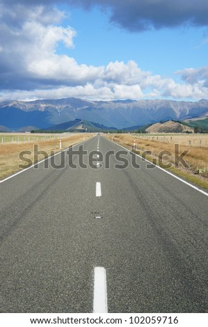 Country Road - Newzealand