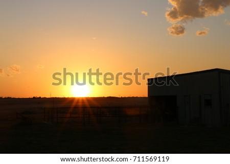 Country Sundown #711569119