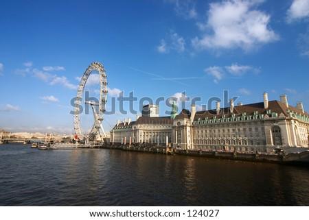 county hall and london eye