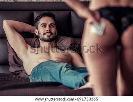 Hot naked sexy footsie girls