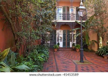 Cozy front yard of French Quarter house, New Orleans