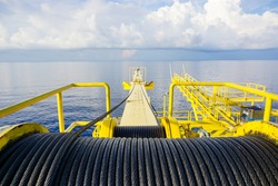 Crane winch, Steel wire rope drum on crane offshore wellhead platform, Energy and petroleum industry