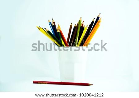 crayon , crayon background ,pencil #1020041212