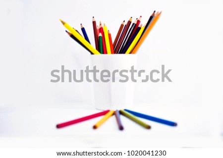 crayon , crayon background ,pencil #1020041230