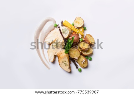 Creative Cooking. Peruvian potato, chicken, vegetables, cream, corn, vegetarian. Gourmet Food - Imagen