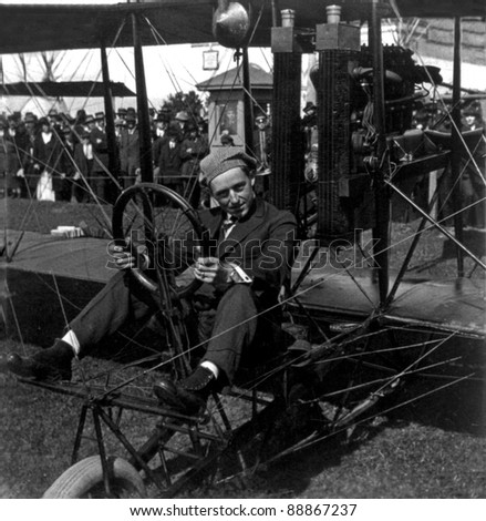 Creator: Keystone View Co., Country: USA, Year: 1915 - Art Smith and his aeroplane on the aviation field, Panama-Pacific Int. Exposition, San Francisco, Calif.