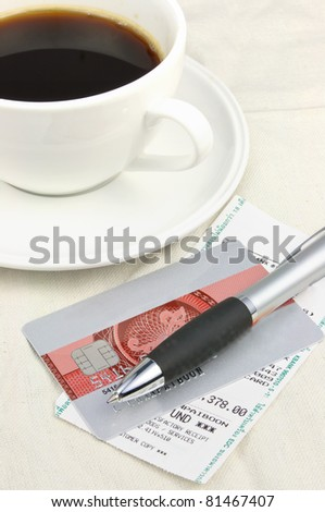 Credit card and restaurant bill