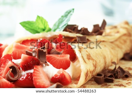 Crepe with strawberries