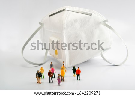 Crowd in front of N95 mask,N95 masks are people's first choice of protective equipment in times of severe air pollution, smog and flu transmission.