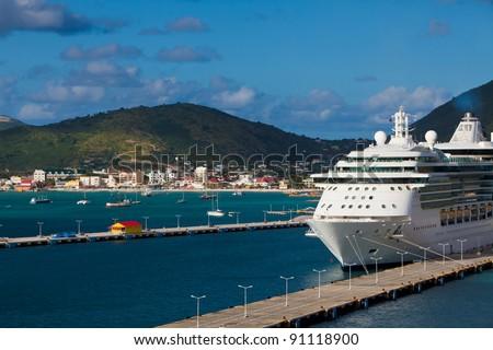 Cruise ship docked at St. Maarten pier.
