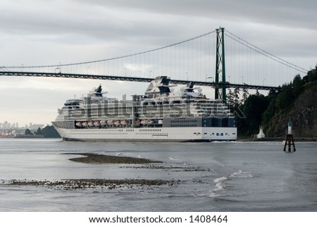 Cruise ship entering Vancouver