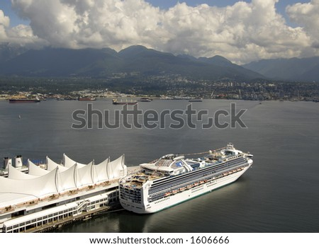 Cruiseship in Vancouver
