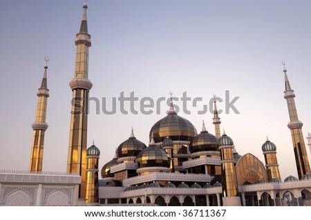 Homestay Masjid Kristal or Masjid Kristal in Kuala