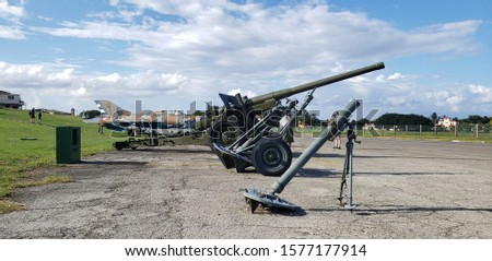 Photo of  Cuban weaponry and missile crisis
