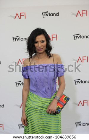 CULVER CITY - JUN 7: Wendi Deng Murdoch at the 40th AFI Life Achievement Award honoring Shirley MacLaine held at Sony Pictures Studios on June 7, 2012 in Culver City, California