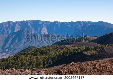 Cumbre Vieja volcanoes with   Caldera de Taburiente National Park on the backround. Foto stock ©