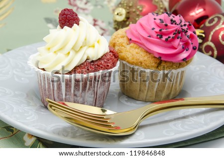 Cupcake with a background with Christmas decoration