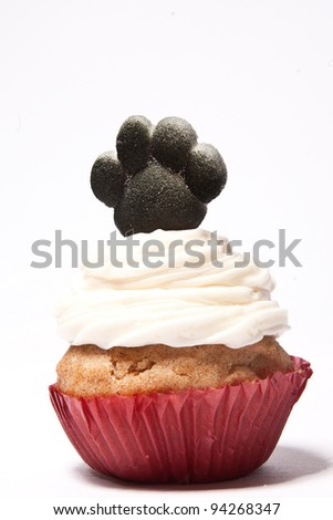 Cupcakes with Paw print of a dog on top