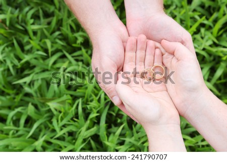 Cupped Natural Hands - Couple
