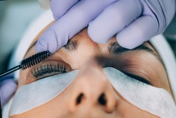 Curling Eyelashes. Using a Curler in a Lash Lifting Procedure