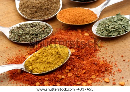 curry powder with five other spices