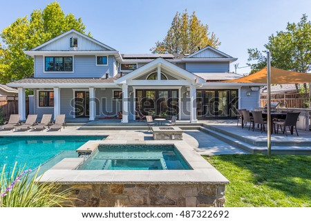 Custom Home Build, Menlo Park, California, Pool, Patio, Grass, Back Yard, Hot tub