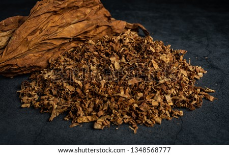 Cut tobacco and tobacco leaves Stock photo ©