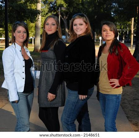 cute college friends posing on quad