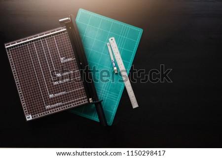 cutting equipment on the tabie Foto d'archivio ©