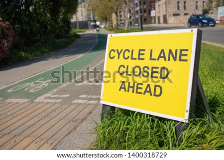 Cycle Lane Closed Ahead sign