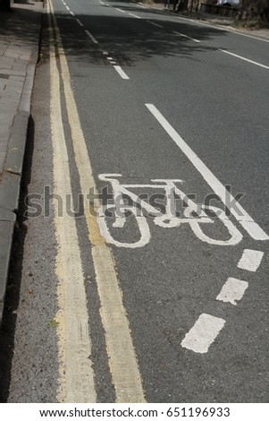 Cycle Route: Lane Markings (bike symbol) #651196933