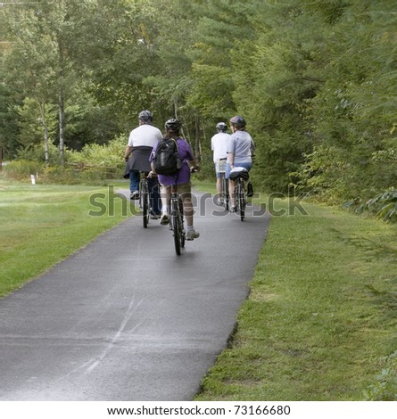 Cycling family out for a ride