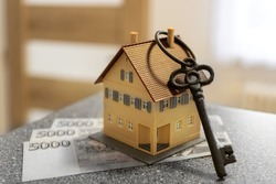 Czech economy and finance - realty estate business - buying a new house or flat - czech money