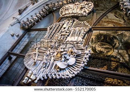 Czech Republic. Kutna Hora. Skulls and bones in the ossuary in Kutna Hora Foto stock ©