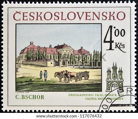 CZECHOSLOVAKIA - CIRCA 1981: A stamp printed in Czechoslovakia, show Grassalkovich Presidential Palace (Bratislava), circa 1981